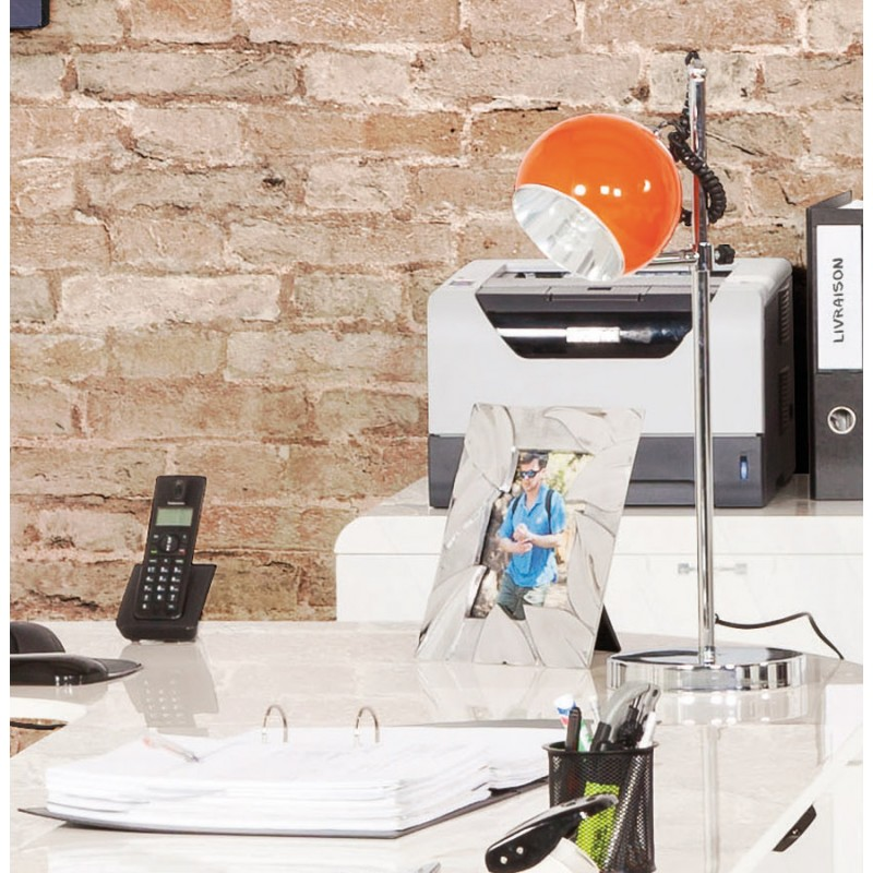 Lampe de table design BATARA en métal (orange) - image 17364