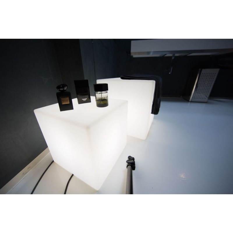 Table basse lumineuse CUBE intérieur extérieur (blanc, LED multicolore, H 33 cm) - image 24772