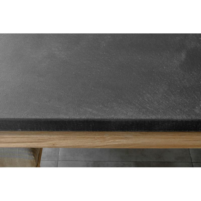 Table à manger contemporaine BOUBA en chêne massif et revêtement minéral (chêne, noir) - image 36082