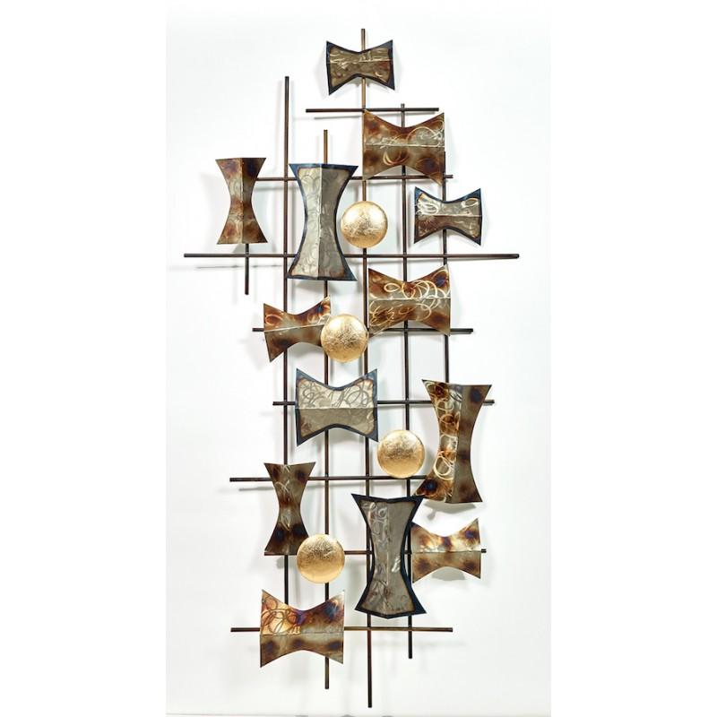Scultura della multiforme parete di metallo (argento, beige, marrone)