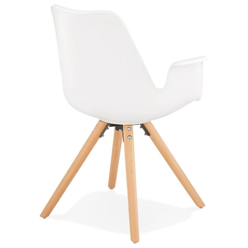 Skandinavischer Designstuhl mit ARUM Füßen naturfarbenen Holzarmlehnen (weiß) - image 43285