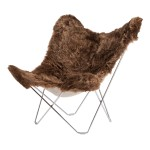 Silla de mariposa piel de oveja, pelo corto ISLANDIA MARIPOSA pie cromado (marrón)